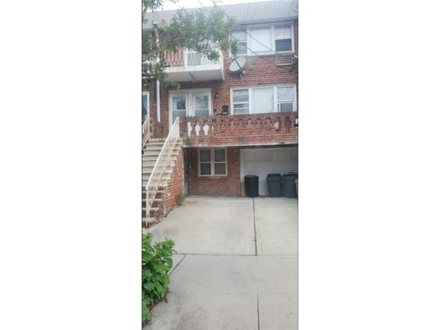 10 BR,  0.00 BTH Multi-family style home in Georgetown