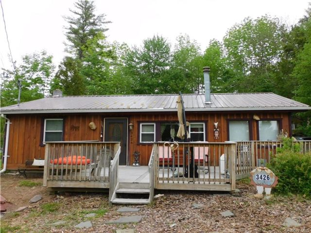3 BR,  2.00 BTH Ranch style home in Bethel