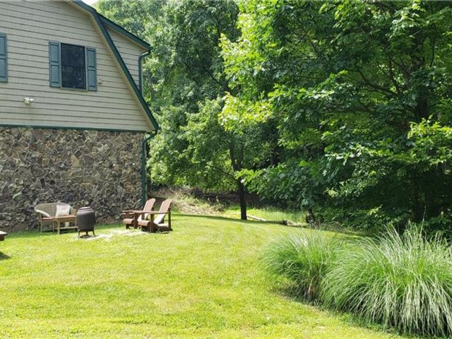 2 BR,  1.00 BTH Carriage house style home in Stony Point