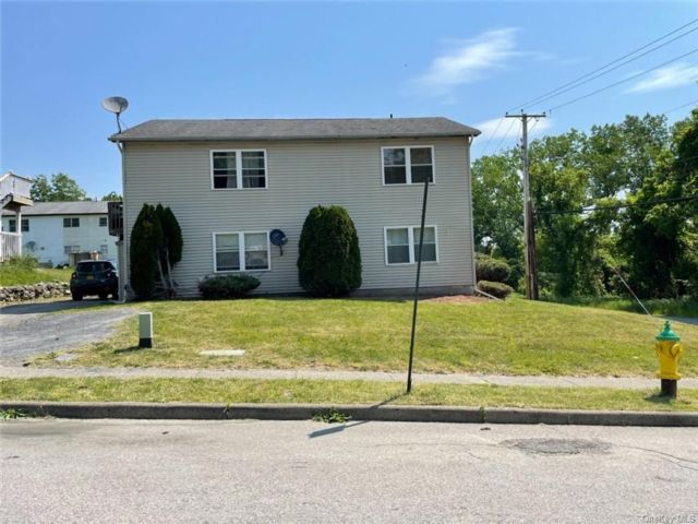 4 BR,  4.00 BTH 2 story style home in Newburgh City