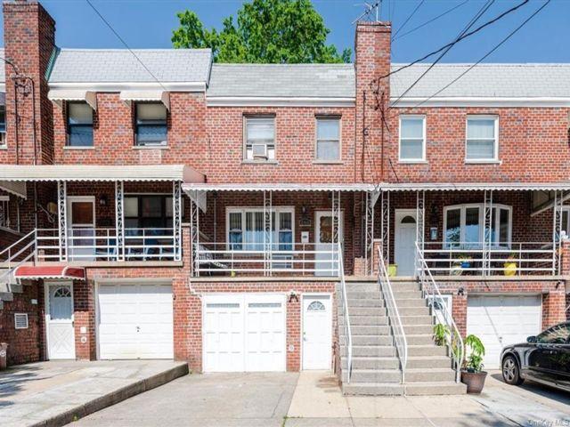 [Esplanade Real Estate, listing number 6992574]