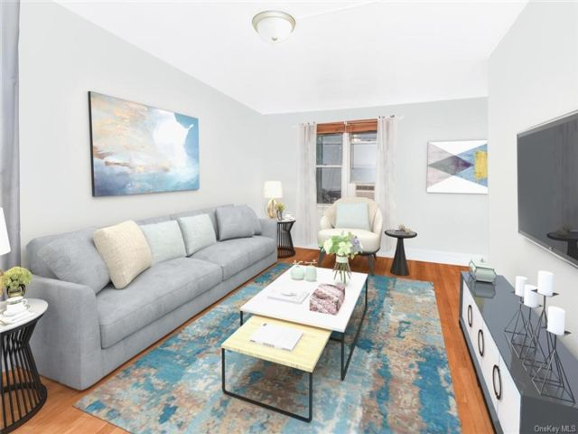 1 BR,  1.00 BTH Mid rise style home in Kingsbridge