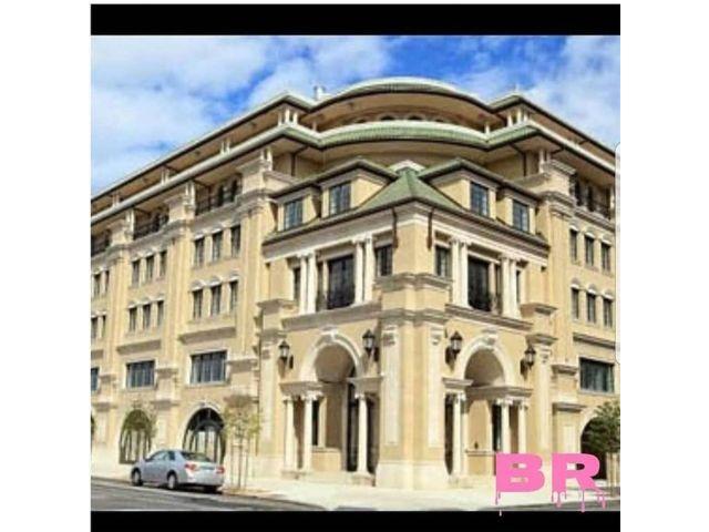 2 BR,  3.00 BTH Condominium style home in Gravesend