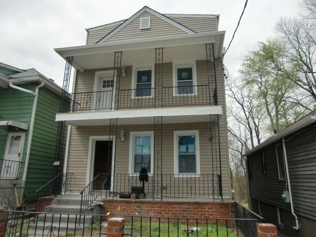 1 BR,  1.00 BTH  style home in Mount Pleasant