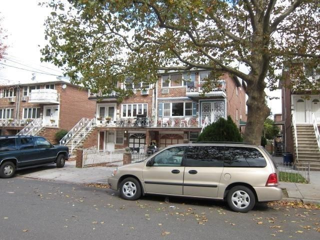 7 BR,  5.00 BTH Multi-family style home in Georgetown