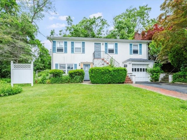[Mount Pleasant Real Estate, listing number 6993096]