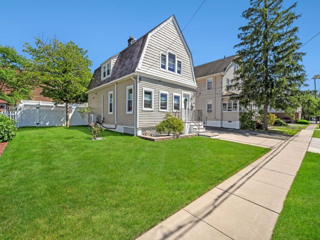 3 BR,  1.50 BTH Colonial style home in Nutley