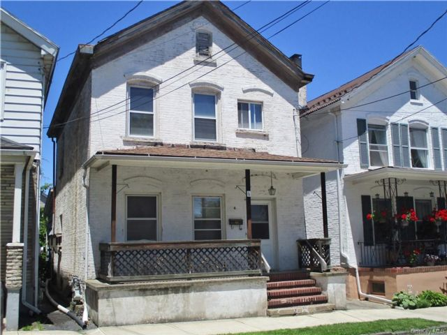 3 BR,  2.00 BTH 2 story style home in Port Jervis