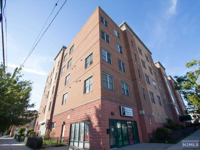 Studio,  0.00 BTH Office space style home in Jersey City