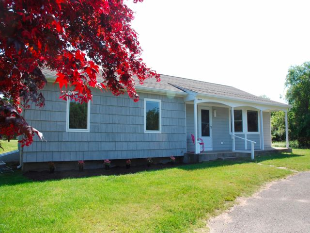 3 BR,  2.00 BTH  style home in Shelter Island