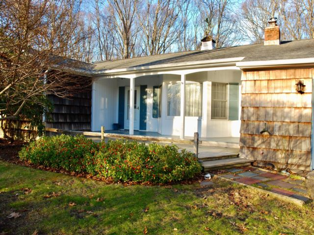 3 BR,  2.00 BTH Ranch style home in Shelter Island