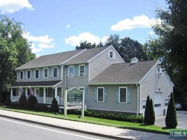 Studio,  0.00 BTH Office space style home in Old Tappan