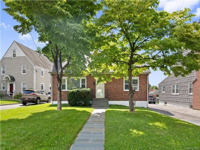 4 BR,  2.00 BTH Cape style home in Rye