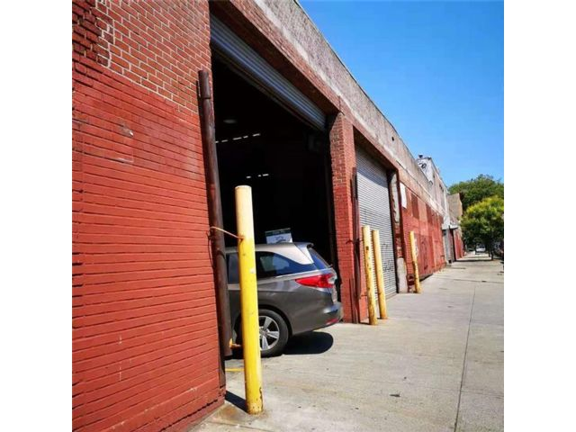 Studio,  0.00 BTH Warehouse style home in Sunset Park