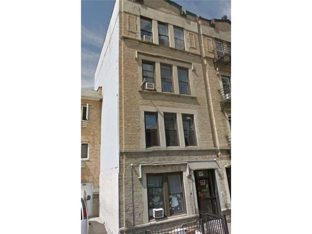 19 BR,  4.00 BTH Multi-family style home in Windsor Terrace