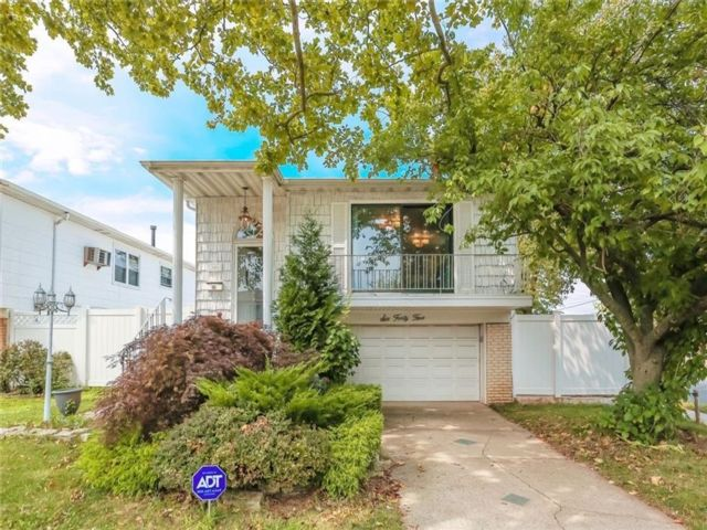 4 BR,  2.00 BTH Single family style home in Woodrow