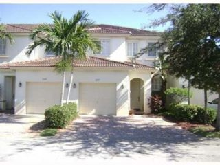 3 BR,  3.00 BTH Townhouse style home in Pembroke Pines