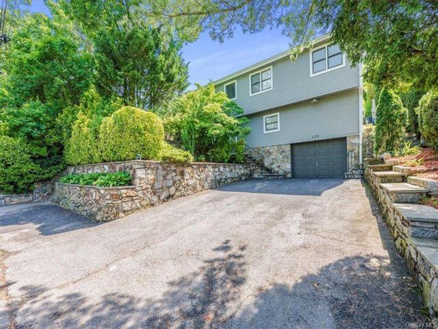 [White Plains Real Estate, listing number 6995683]