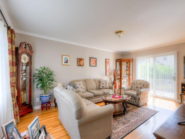 2 BR,  1.00 BTH Colonial style home in White Plains