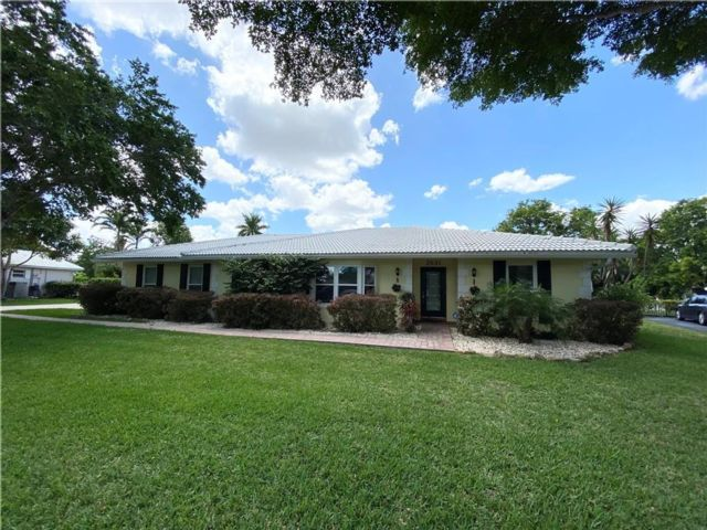 5 BR,  3.00 BTH  style home in Coral Springs