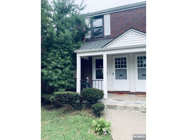 1 BR,  1.00 BTH Multi-family style home in Rutherford
