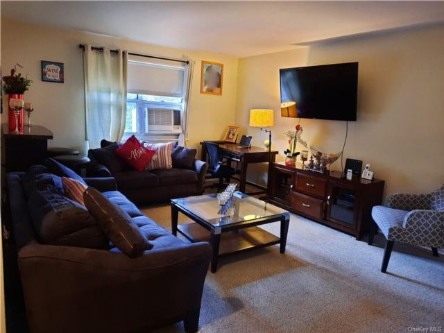 3 BR,  2.00 BTH Garden apartmen style home in Yonkers