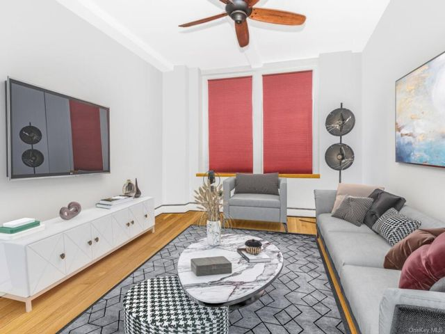 1 BR,  1.00 BTH Mid rise style home in City Island