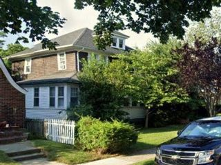 4 BR,  2.00 BTH Single family style home in Queens Village