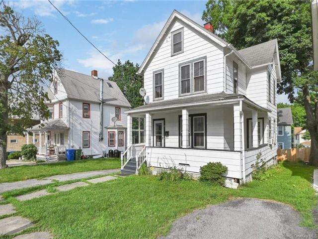 4 BR,  2.00 BTH 2 story style home in Middletown