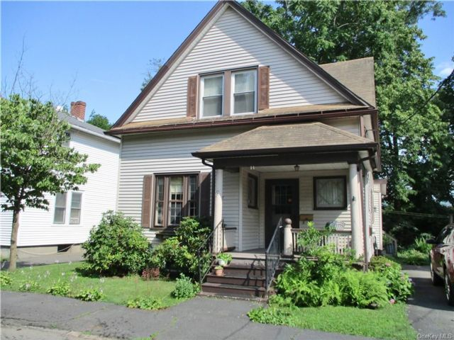 3 BR,  2.00 BTH Cape style home in Port Jervis