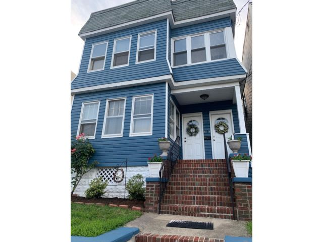 4 BR,  2.00 BTH  style home in Kearny