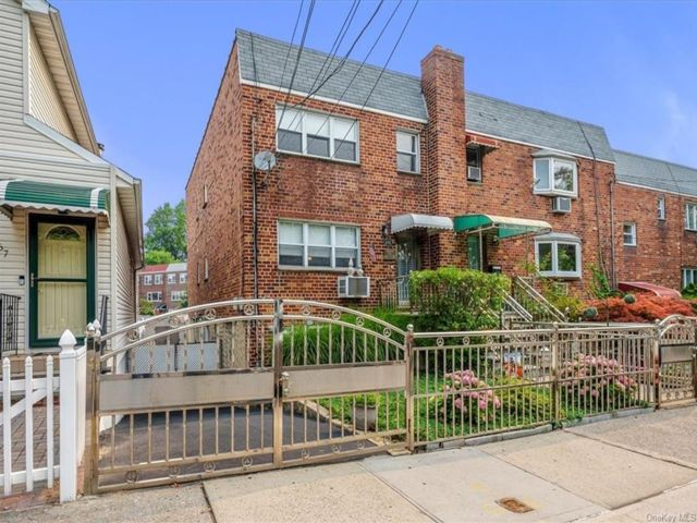 [Throggs Neck Real Estate, listing number 6997417]