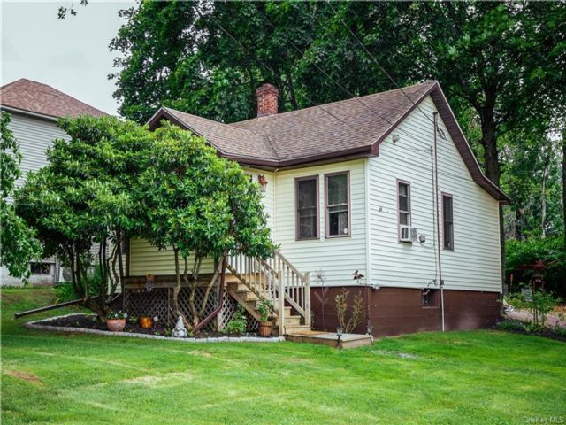 1 BR,  1.00 BTH Cottage style home in Thompson