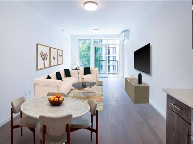 [Homecrest Real Estate, listing number 6997781]