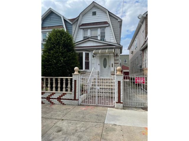 3 BR,  3.00 BTH Single family style home in East Flatbush