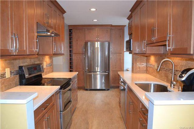 2 BR,  3.00 BTH Garden apartmen style home in White Plains