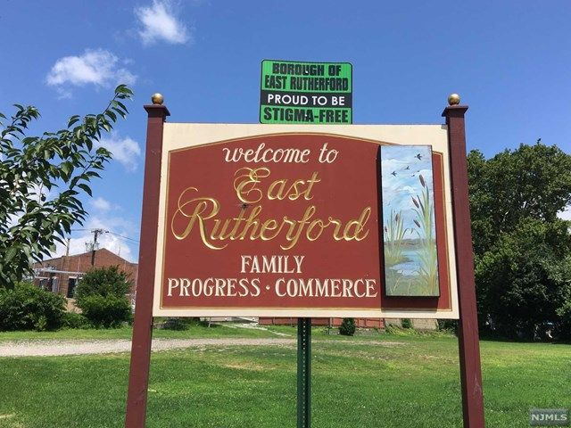 2 BR,  2.00 BTH Condo style home in East Rutherford