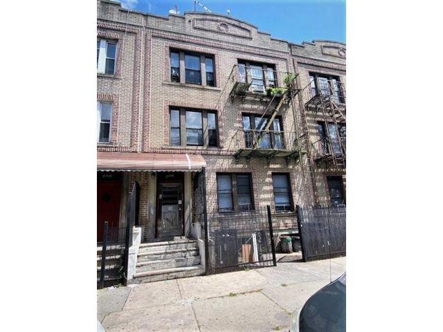 [Bay Ridge Real Estate, listing number 6999098]