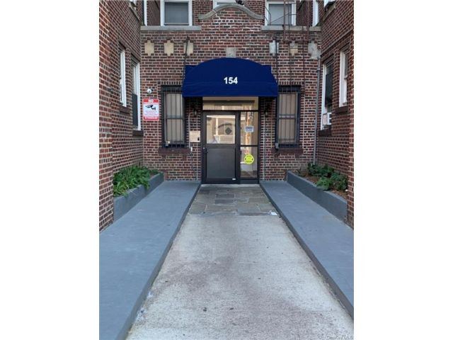1 BR,  1.00 BTH House style home in Yonkers