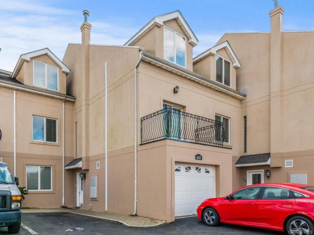 [Throggs Neck Real Estate, listing number 6999457]