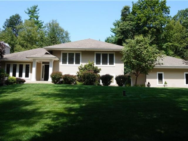 4 BR,  3.00 BTH Split level style home in Montgomery