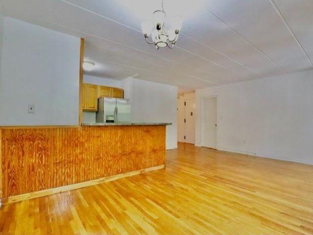 3 BR,  2.00 BTH Condominium style home in Fort Greene