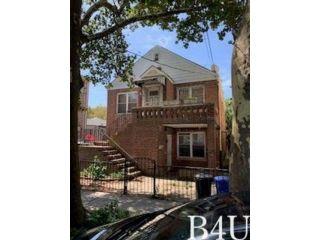 4 BR,  2.00 BTH Hi ranch style home in Brooklyn
