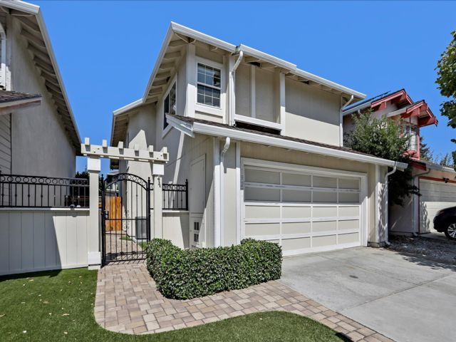 2 BR,  2.50 BTH 2 story style home in San Jose