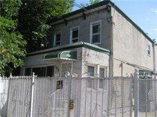 6 BR,  2.00 BTH Ranch style home in East New York