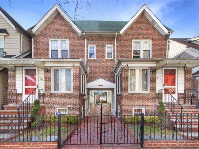 3 BR,  2.00 BTH Multi-family style home in East Flatbush