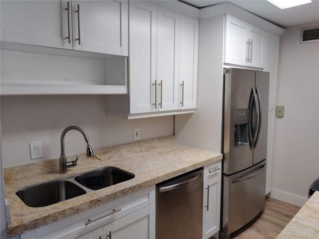 2 BR,  1.50 BTH  style home in Coral Springs