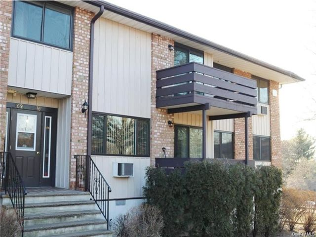 2 BR,  2.00 BTH Condo style home in Clarkstown
