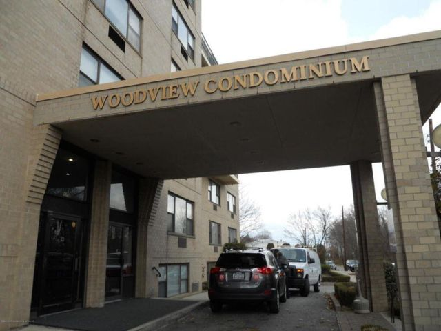 1 BR,  2.00 BTH Condominium style home in Dongan Hills-above Hylan