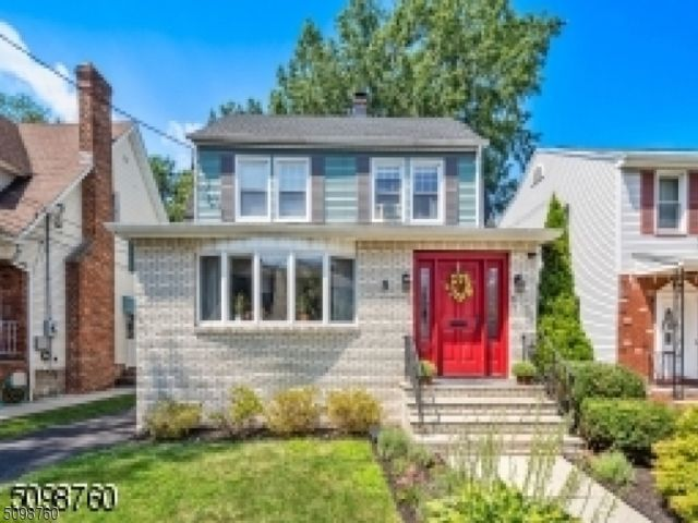 3 BR,  1.50 BTH Colonial style home in Kearny